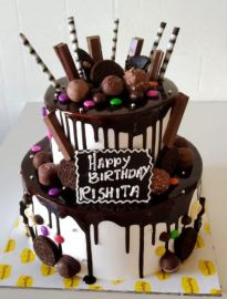 Chocolate Topped Delight Step Cake